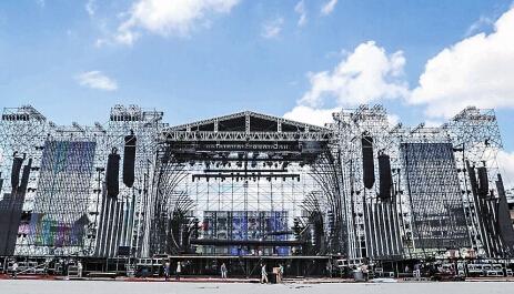 汪峰昆明演唱会12号新亚洲体育场开始检票