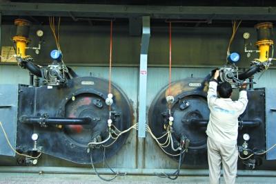 3座尖峰供热厂启动加温热网