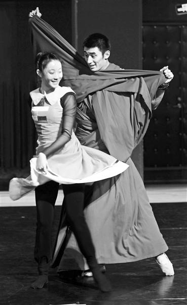 中央民族歌舞团首排舞剧 《仓央嘉措》舞上台