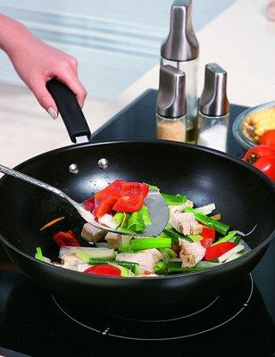 养生警惕:六个炒菜陋习 破坏营养会致癌