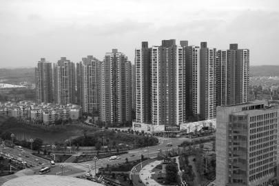 """年成都楼市仍疯狂 城北一跃成""""新贵"""""""