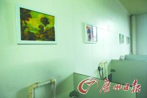 """广州中学""""文化味""""越来越浓 如厕可赏世界名画"""